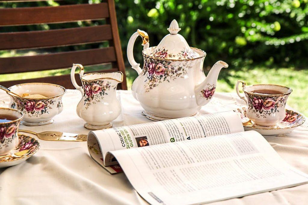 Seniorenbetreuung_Tee trinken